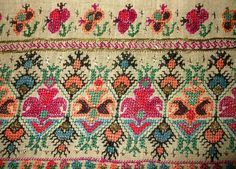 ~ embroidery of a sokaj
