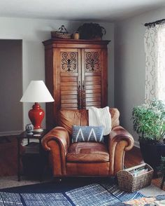 An Indianapolis Home Designed with Family in Mind – Design*Sponge Brown Leather Sofa Living Room, Brown Leather Furniture, Grey And Brown Living Room, Brown Leather Chairs, Leather Living Room Furniture, Best Leather Sofa, Home Furniture, Furniture Stores, Style Deco