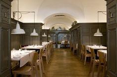 Top-Restaurants-in-Wien-15 Cafe Restaurant, Restaurant Design, Heart Of Europe, Top Restaurants, Vienna, Ceiling Lights, Interior, Modern, Table