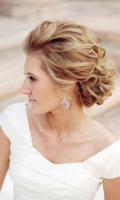 mother of the bride hairstyles elegant curly updo for short hair motif photograp. - mother of the bride hairstyles elegant curly updo for short hair motif photograp…, - Wedding Hairstyles For Long Hair, Wedding Hair And Makeup, Formal Hairstyles, Wedding Updo, Up Hairstyles, Pretty Hairstyles, Bridal Hair, Hair Makeup, Hairstyle Ideas
