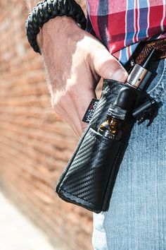 VS5 Black Carbon Fiber - Mod holder, E-cigarette holder, vape case. – Vapesox