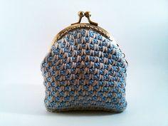 Crocheted coin purse  light blue and grey por NiceOstrich en Etsy
