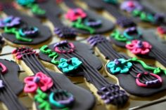 Cookie Decor: How to Make A Cookie Board & Cookie Bunting | Pretty Prudent