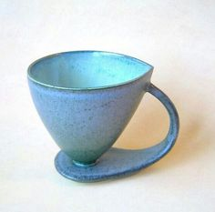 Newest Absolutely Free clay pottery cups Thoughts Gutes Design – – Gutes Design Hand Built Pottery, Slab Pottery, Pottery Mugs, Ceramic Pottery, Pottery Art, Ceramic Cups, Ceramic Art, Keramik Design, Clay Cup