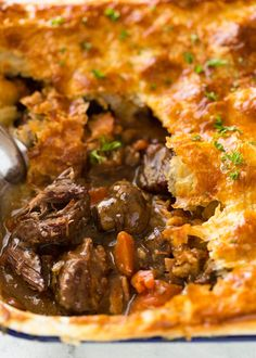 Beef and Mushroom Pie An EPIC Chunky Beef and Mushroom Pie. Prepare to swoon! An EPIC Chunky Beef and Mushroom Pie. Prepare to swoon! Beef And Mushroom Pie, Mushroom Quiche, Mushroom Dish, Meat Recipes, Cooking Recipes, Curry Recipes, Steak Pieces Recipes, Stewing Beef Recipes, Leftover Steak Recipes