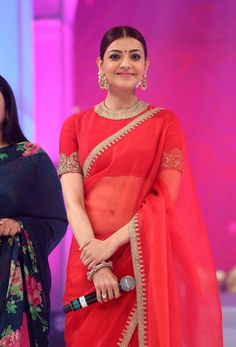 Indian Girl Mouryaani Navel Hip Show In Red Lehenga Choli - Tollywood Boost Red Saree, Saree Look, Saris, Femmes Les Plus Sexy, Saree Trends, Stylish Sarees, Elegant Saree, Indian Designer Outfits, Indian Models