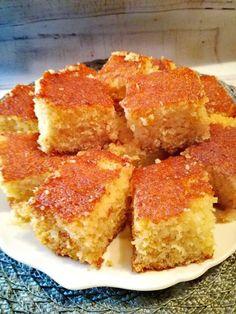 Basboussa Cornbread, French Toast, Sweets, Snacks, Cookies, Breakfast, Ethnic Recipes, Desserts, Food