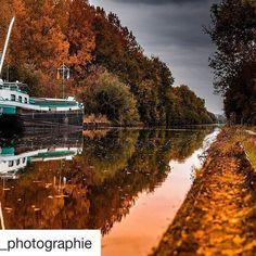 Soleil couchant sur le canal de Saint-Quentin 🍁. Repost @fx_photographie  #saintquentin  #saintquentinois  #stquentin  #stq  #aisne  #jaimesaintquentin #visitsaintquentin  #jaimelaisne  #picardie  #espritdepicardie  #hautsdefrance  #hautsdefrancetourisme  #canal  #automne  #feuille  #chemindehallage  #vue  #feuilles