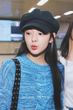 dedicated to female kpop idols. K Pop, South Korean Girls, Korean Girl Groups, Gfriend Sowon, Fandom, Gal Pal, Airport Style, New Girl, Kpop Girls