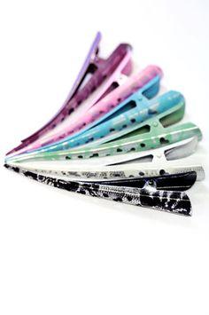 Värikäs Hiusklipsi Pitsikuviolla, väreinä: musta, vihreä tai violetti tai vaikka kaikki 3 :) 2,90€/kpl.