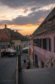 Bebe calator ♥ Romania – ce poti face cu cei mici in Sibiu Romania, Louvre, Building, Travel, Bebe, Viajes, Buildings, Destinations, Traveling