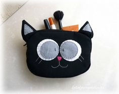 Black cat makeup bag