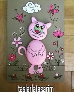 "194 Me gusta, 18 comentarios - seniz (@taslarlatasarim) en Instagram: ""Kedi severler...cat lovers#pano #kedi #hediye #taşsanati #hayvansever #artistoninstagram #instaart…"""