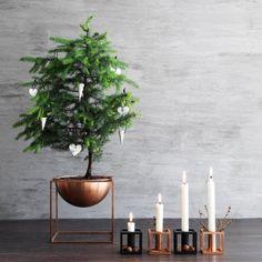Kubus 1 kynttilänjalka, valkoinen | By Lassen Kubus | Kynttilänjalat | Sisustus | Finnish Design Shop