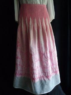 Vintage skirt embroidered pink elastic waist by vintagewayoflife