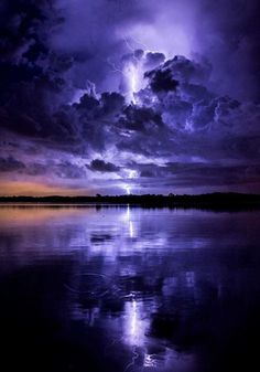 ~~Thunder Bay, Tampa, Florida lightning bolt lights up the sky a deep purple during a thunderstorm by Galen Burow~~ Image Nature, All Nature, Amazing Nature, Beautiful Sky, Beautiful Landscapes, Beautiful World, Nature Pictures, Cool Pictures, Beautiful Pictures