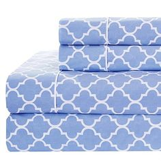 Amazon.com: Meridian Periwinkle and White Brushed Percale Cotton Sheets, 4pc Queen Bed Sheet Set 100% Cotton, Superior Percale Weave, Crispy Soft, Deep Pocket, Modern Reactive Print: Home & Kitchen