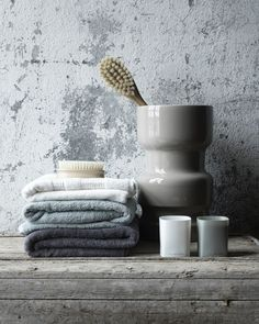 Color inspiration for my grey bathroom. Rustic Bathroom Decor, Bathroom Interior Design, Bathroom Styling, Bathroom Designs, Bathroom Spa, Grey Bathrooms, Modern Bathroom, Bathroom Ideas, Bathroom Colors