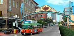 Stroll through the 16½-block historic Gaslamp Quarter in downtown San Diego and view the renovated turn-of-the-century Victorian architecture, home to boutiques, art galleries, specialty shops and more.
