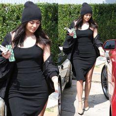 Kylie Jenner in YOHJI YAMAMOTO jacket and Alexander Wang pumps. #swavyapp #swavyd