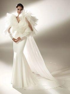 Strapless Lace Wedding Dress, Bridal Dresses, Backless Wedding, Pronovias Wedding Dress, Wedding Gowns, Sequin Wedding, Wedding Dress With Pockets, One Shoulder Wedding Dress, Bridal Fashion Week