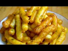 Potatoes are no longer fried, and adding an egg is really delicious. Vegetable Dishes, Vegetable Recipes, Vegetarian Recipes, Snack Recipes, Cooking Recipes, Healthy Recipes, Snacks, Potato Dishes, Potato Recipes