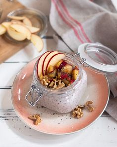 2 Healthful Breakfast Recipes For Fat Reduction: Delectable Sha Bang Eggs And Do-it-yourself Muesli - My Website Healthy Recipe Videos, Healthy Dessert Recipes, Overnight Oats With Yogurt, Under 100 Calories, Chicken Recipes Video, Healthy Meal Prep, Casserole Recipes, Food Videos, Snacks