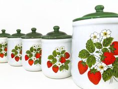 Vintage Mccoy Strawberry Kitchen Canister Set Retro Canister Set better with red lids instead Strawberry Patch, Strawberry Fields, Strawberry Shortcake, Strawberry Kitchen, Strawberry Recipes, Strawberry Pictures, Wedding Strawberries, Strawberry Decorations, Vintage Canisters