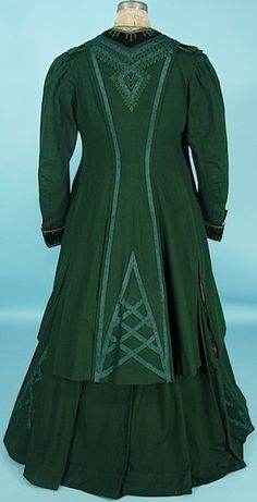 """Antique Dress - 1906/1907 A. H. METZNER, New York MUSEUM QUALITY 3-piece Green Wool and Soutache Walking Suit with Velvet, """"Antique Waistcoat"""" Embroidery and Original Embroidered Net Blouse!"""