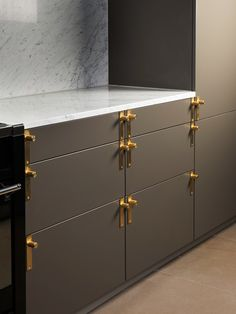 Solid Brass kitchen handles from Buster + Punch HARDWARE range www.busterandpunch.com