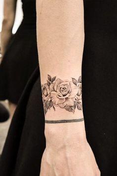 tattoos and meanings & tattoos and meanings ; tattoos and meanings unique ; tattoos and meanings symbols ; tattoos and meanings inspiration White Wrist Tattoos, Wrist Tattoos For Guys, Flower Wrist Tattoos, Black Tattoos, Tattoo Girls, Neue Tattoos, Body Art Tattoos, Tattoos Pics, Tattoo Drawings