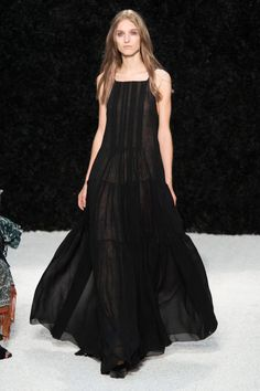 Vera Wang Spring 2015 Ready-to-Wear Collection