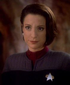 Nana Visitor (born Nana Tucker on July is an American actress, known for playing Kira Nerys in the TV series Star Trek: Deep Space Nine. Star Trek Voyager, Star Trek Tos, Star Wars, Nana Visitor, Star Trek Crew, Star Trek Cosplay, Star Trek Characters, Female Characters, Star Trek Images