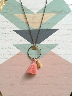 Bijoux bohème chic Sautoir géométrique triangle par Sweethingsandco