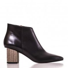 9502 Negru cu toc de piatra Leather Shoes, Booty, Ankle, Fashion, Leather Dress Shoes, Moda, Leather Boots, Swag, Wall Plug