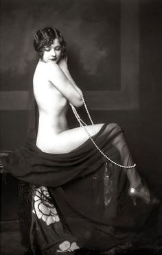 Ziegfeld Follies dancer, Marjorie King - 1920's - Photo by Alfred Cheney Johnston  - Marjorie King; Possible Eponym of the Margarita Cocktail - http://articles.latimes.com/keyword/marjorie-king