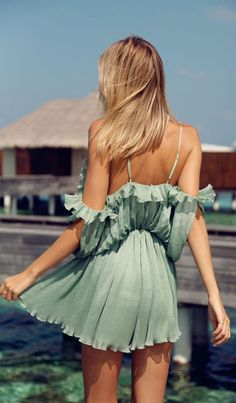 #street #style green dress @wachabuy Must have outfits for summer!! Love the yellow with polka dot pants!!