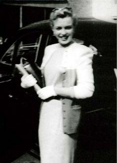 """ A rare photo of Marilyn Monroe, 1950. """