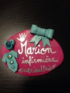 Badge fimo infirmière puer
