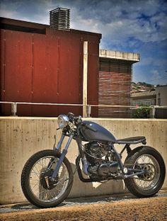 Yamaha SR250 - Inazuma Cafe Racer