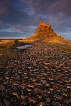 Holy Orange Cobble - Holy Island, Lindisfarne, Northumberland, UK Raw beauty in Northumberland Places To Travel, Places To See, Places In England, British Countryside, England And Scotland, British Isles, Great Britain, Beautiful Landscapes, Travel Inspiration
