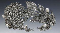 QUEEN VICTORIA~ 1860 DIAMOND FLORAL TIARA.