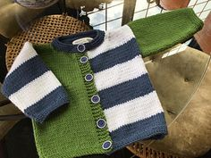 I made my sweaters from scraps of Rowan Pure Wool Superwash Worsted leftover from the Martin Storey Afghan KAL and the Kaffe Fassett KAL. In the model sweater, Baby Knitting Patterns, Baby Cardigan Knitting Pattern, Knitting Blogs, Knitting For Kids, Baby Patterns, Free Knitting, Baby Sweater Patterns, Knit Baby Sweaters, Knitted Baby Clothes