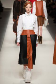 Fendi - Fall 2015 Ready-to-Wear - Look 13 of 52?url=http://www.style.com/slideshows/fashion-shows/fall-2015-ready-to-wear/fendi/collection/13