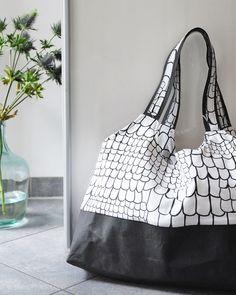 Passend zur Jahreszeit: meine neue Halloween Tasche. | Big bag | #snappap #stoffundstil #diy | craft & sewing idea | weekend project