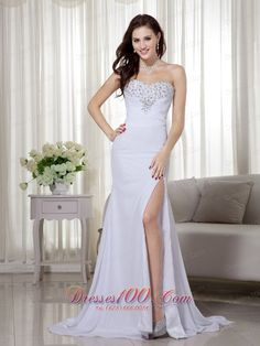 provocative Prom Dress in Altavista    wedding gown   bridal gown   bridesmaid dresses  flower girl dresses discount dresses on sale  cocktail dresses beautiful nightclub dresses long prom dresses 2013 short prom drchic Prom Dress in New Hampshire  esses 2013