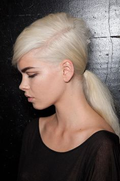 #DIY GUIDE x Marc Jacobs' Styled Then Slept In #Hairstyle #SS13  Via: http://fashioncherry.co/diy-guide-x-marc-jacobs-styled-then-slept-in-hairstyle/