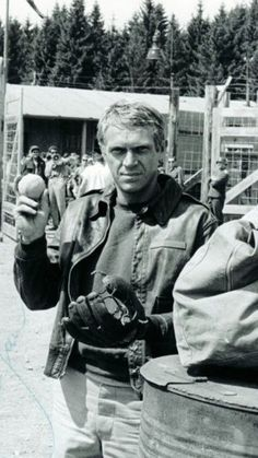 Steve McQueen, back of set on The Great Escape, 1963