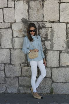 http://www.it-girl.es/light-colored-day/