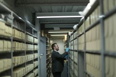 By Digitizing Images, Museum Opens a Window Into the Past - NYTimes.com